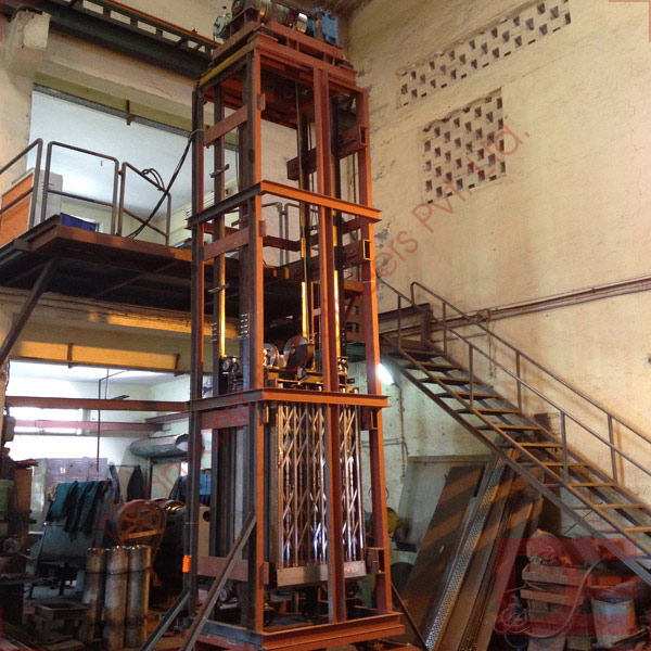 Hoist type Cage Goods Lift